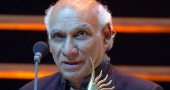 Amitabh Bachchan and Shah Rukh Khan lead tributes to Yash Chopra