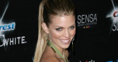 AnnaLynne McCord looks hot to trot