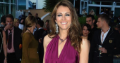 Elizabeth Hurley shows off engagement ring