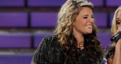Lauren Alaina tweets away her National Anthem misery