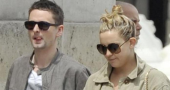 Matt Bellamy and Kate Hudson finally name baby.