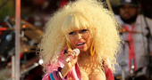 Nicki Minaj deletes Twitter account after run in with fan