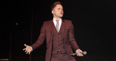 Olly Murs reveals the ease of getting Flo Rida on his new single Troublemaker