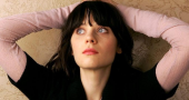 Zooey Deschanel smashes National Anthem at World Series