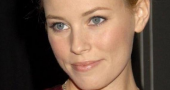 Elizabeth Banks: Catching Fire director Francis Lawrence is 'amazing'