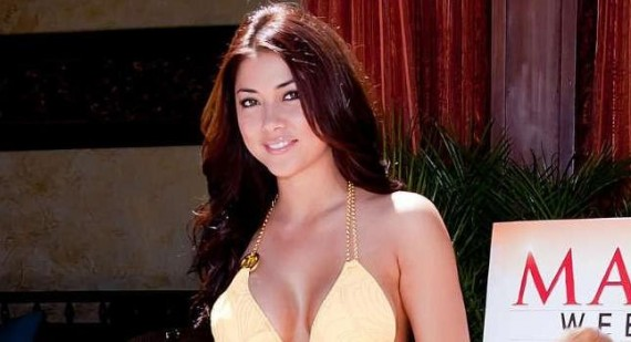 Arianny Celeste and Chael Sonnen in a war of words