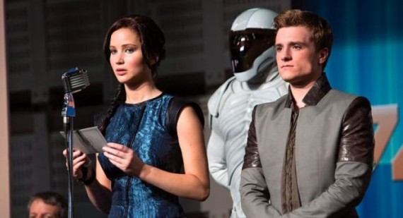 Catching Fire director: 'Jennifer Lawrence and Liam Hemsworth have amazing chemistry'