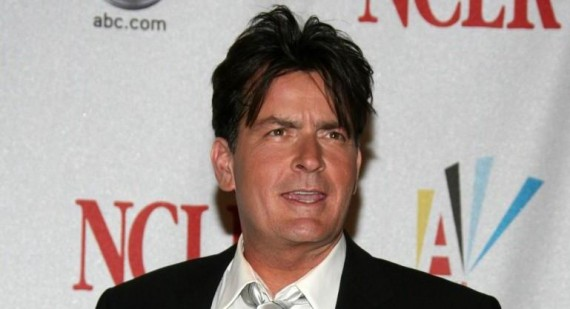 Charlie Sheen tweets personal phone number
