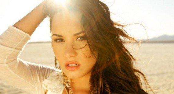 What is Demi Lovato and selena gomez offical website?