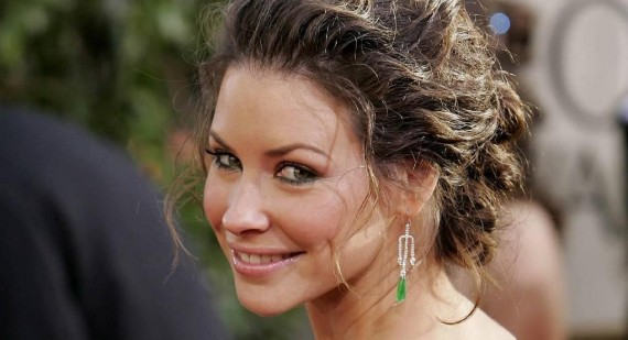 Evangeline Lilly teases her role in The Hobbit