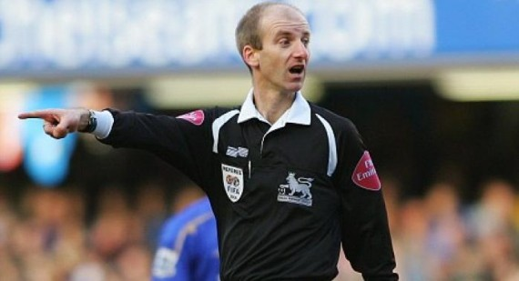 Finally a football referee apologises for his mistakes