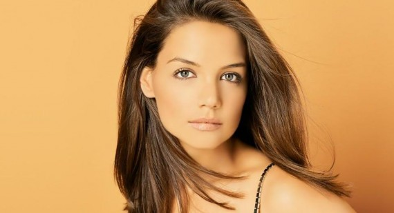 How I Met Your Mother signs up Katie Holmes