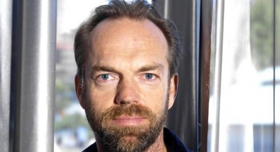 Hugo Weaving prefers stage over the big screen