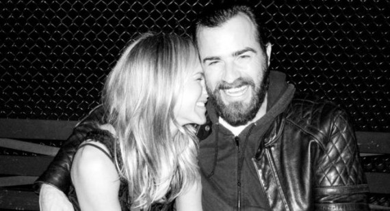 Jennifer Aniston & Justin Theroux Loved Up In Paris Amid Rumours Of A Rift