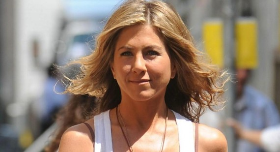 Why is Jennifer Aniston considered beautiful?