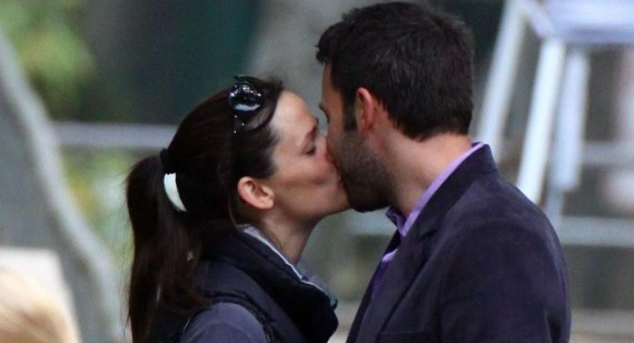 Jennifer Garner praises husband Ben Affleck