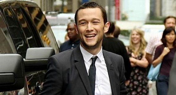 Joseph Gordon-Levitt urges Batman fans to trust in Christopher Nolan