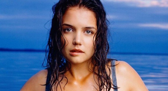 Why was Katie Holmes not recasted for The Dark Knight?