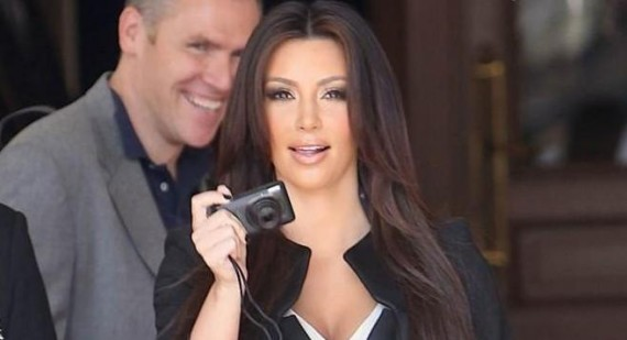 Who is better Kim Kardashian or Khloe Kardashian Odem?