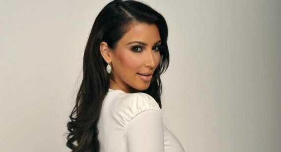 Kim Kardashian has dinner with a very important man