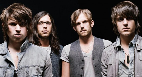 Why is the song by Kings Of Leon played in a C-Major chord?