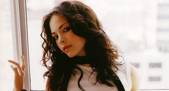 Kristin Kreuk reveals her favourite comic book movies