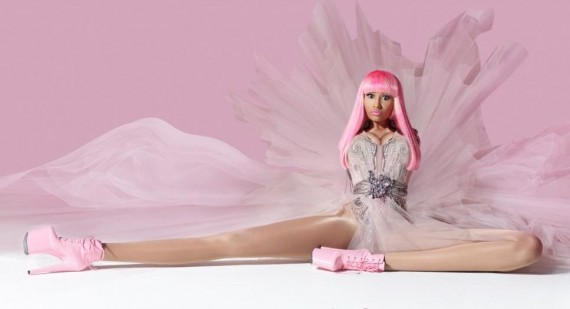 Why is Nicki Minaj have a huge hip bone?