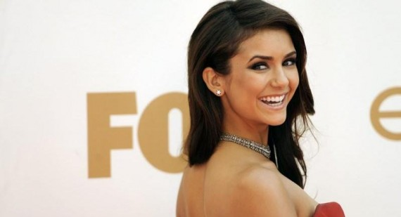 Nina Dobrev compares Twilight and The Vampire Diaries