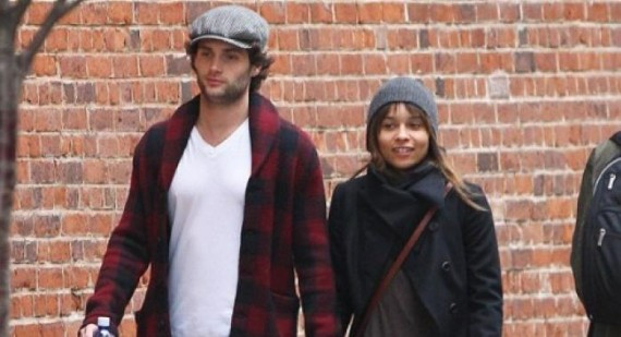 Penn Badgley and Zoe Kravitz dating?