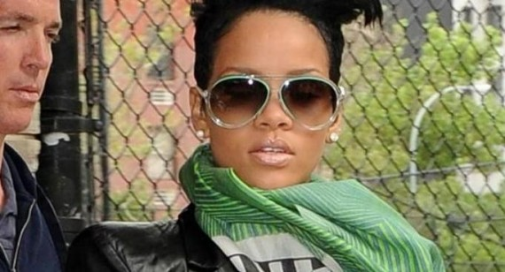 Rihanna denies attention seeking