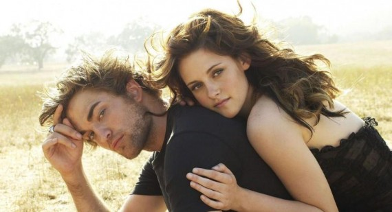 Robert Pattinson and Kristen Stewart spend time apart to work through weird tension