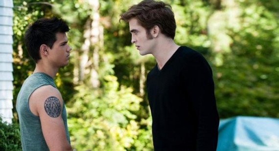 Robert Pattinson questions Taylor Lautner's acting ability?