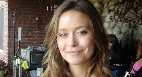 Summer Glau receives positive response for Alphas performance