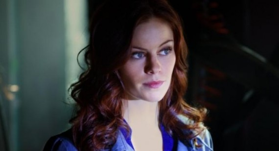 The Vampire Diaries Cassidy Freeman teases Threesome scene