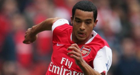 Theo Walcott discusses Arsenal future