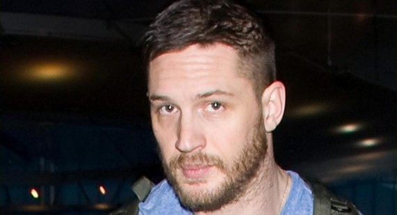 Tom Hardy knocked out by Shia LaBeouf