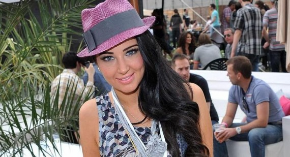 Tulisa Contostavlos angered by Cheryl Cole comparison