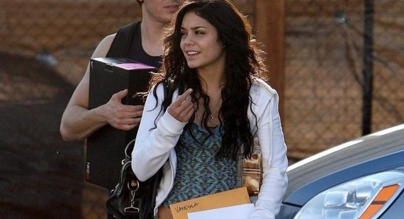 What is Vanessa Hudgens natural hair color?