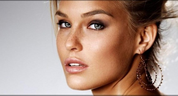World's Sexiest Woman, Bar Refaeli, Discusses Her Girl Crush On Jennifer Lawrence
