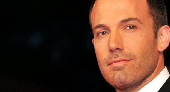 Ben Affleck talks about dating Jennifer Lopez and being in tabloids