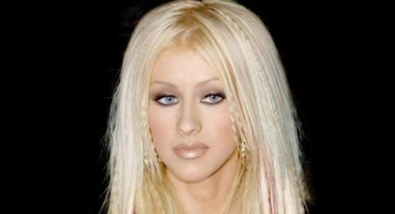 Christina Aguilera calls herself a 'fat girl'