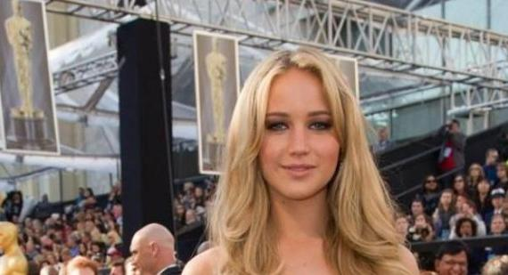 Jennifer Lawrence talks Oscars and Hollywood parties