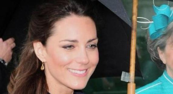 Karl Lagerfeld wants to dress Kate Middleton in Chanel
