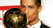 Cristianoronaldo Kisses Golden Ball Photos Girlfriend