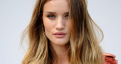 Rosie Huntington Whiteley Attends Burberry Fashion Show In London Rosie Huntington Whiteley Burberry