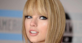 Taylor Swift Amas With Straight Hair