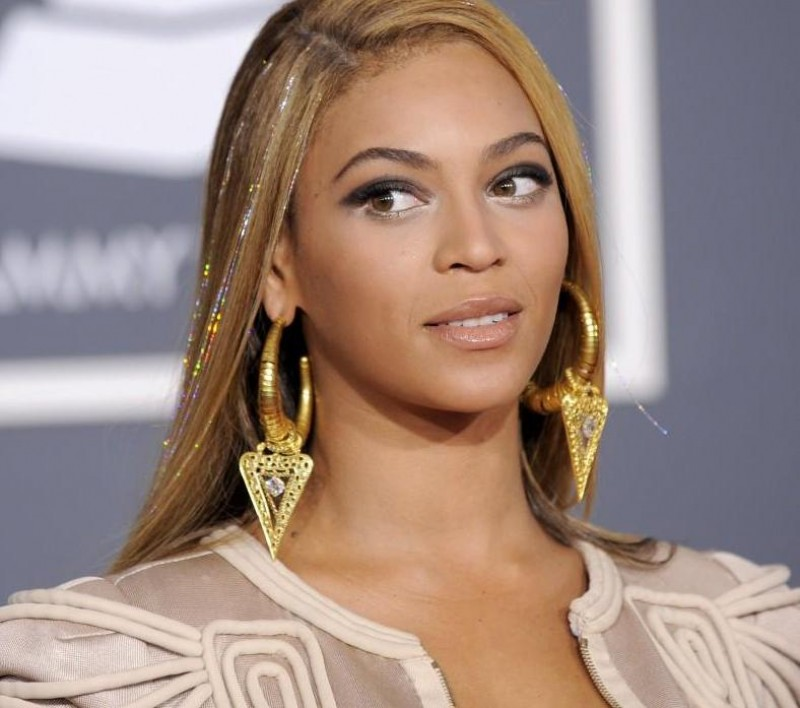Beyonce Nd Grammy Awards Red Carpet Hq Photos Red Carpet