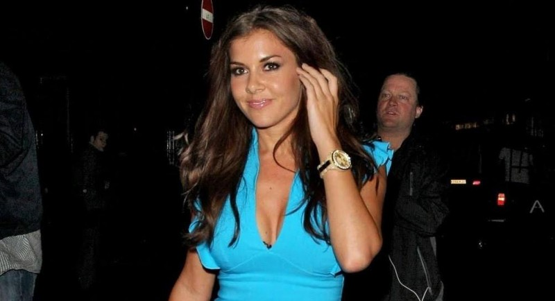 Www Bruce Juice Com Jeeves Imogen Thomas Crazy Bear Club July Garden