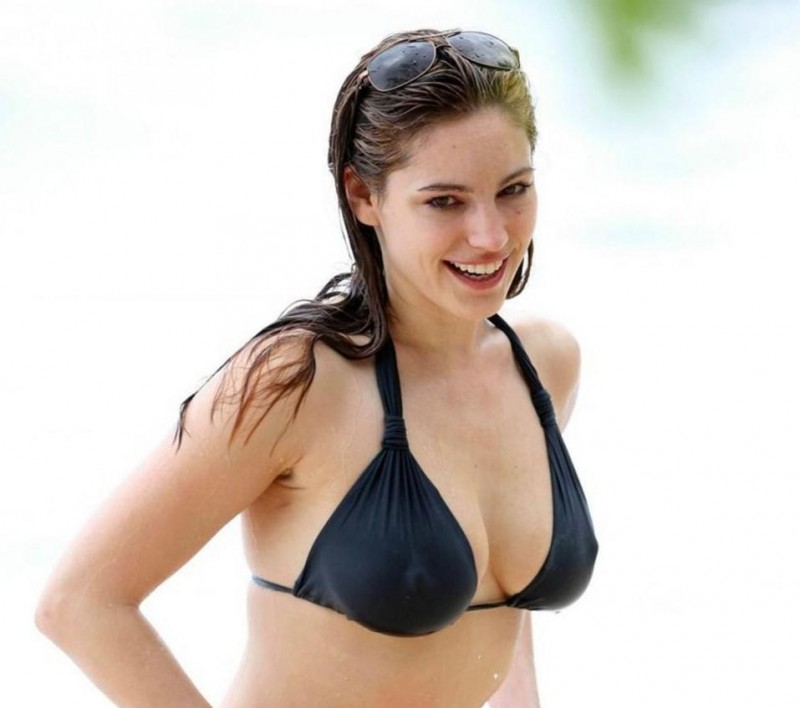 Kelly Brook In Bikini On The Beach In Barbad Lo Beach