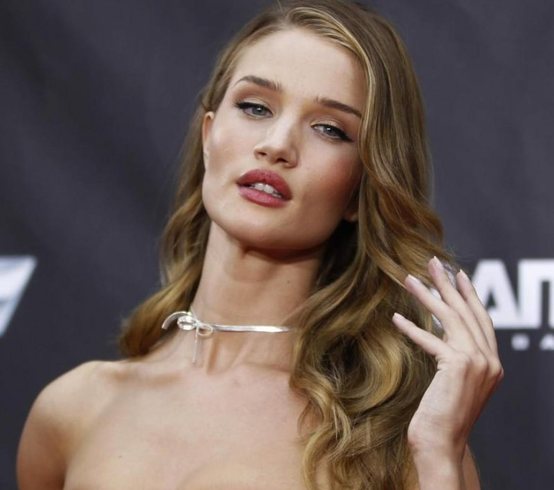 Rosie Huntington Whiteley Rosie Huntington Whiteley Style